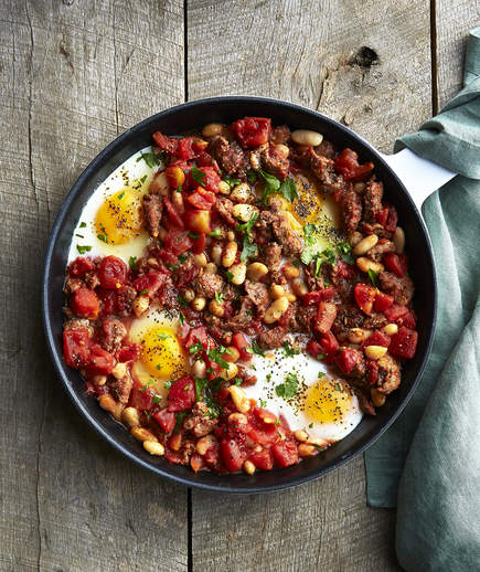 baked-eggs-sausage